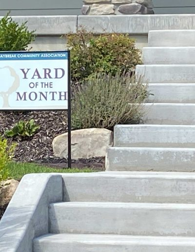 #1-landscapers-utah-daybreak-best-yard-award
